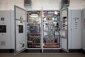 Troisdorfの廃水処理施設:新しいポンプ – 新しいスイッチギア