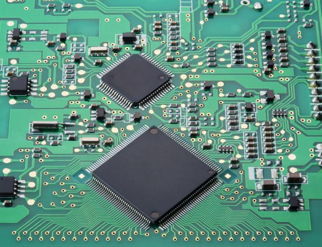 電気設計におけるバッファ回路の役割とは?