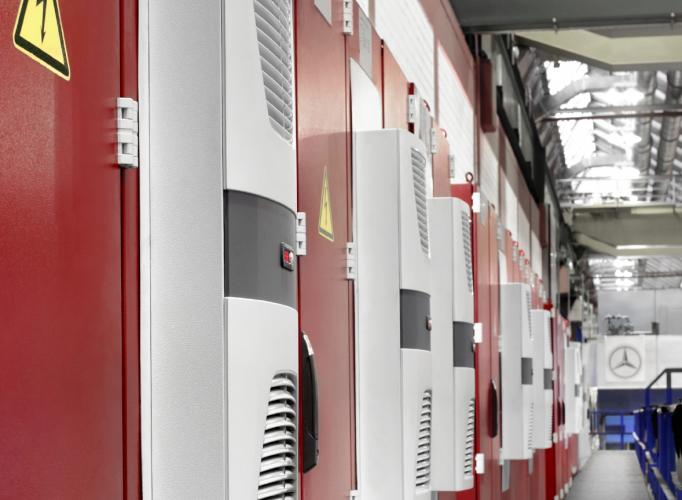 Daimler社:リタールの温度管理システムで電力消費が最大70%低減